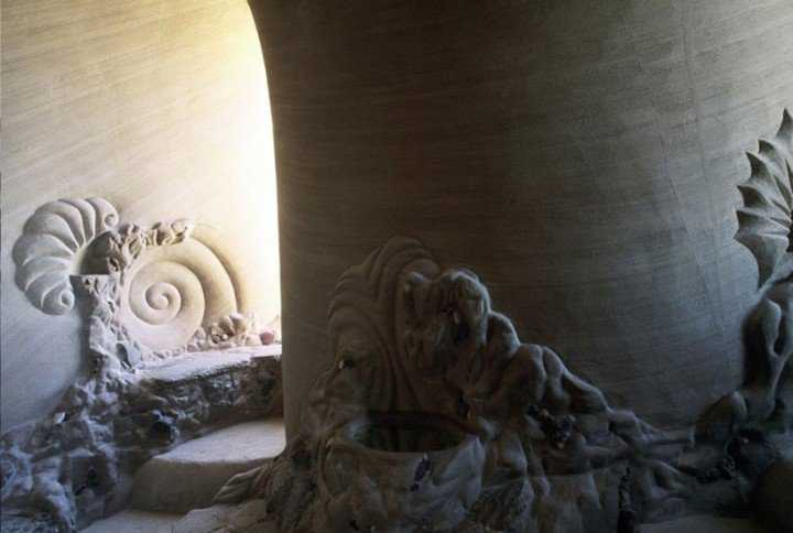 This-Artist-Carved-A-Giant-Cave-For-The-Past-Ten-Years-09-720x484