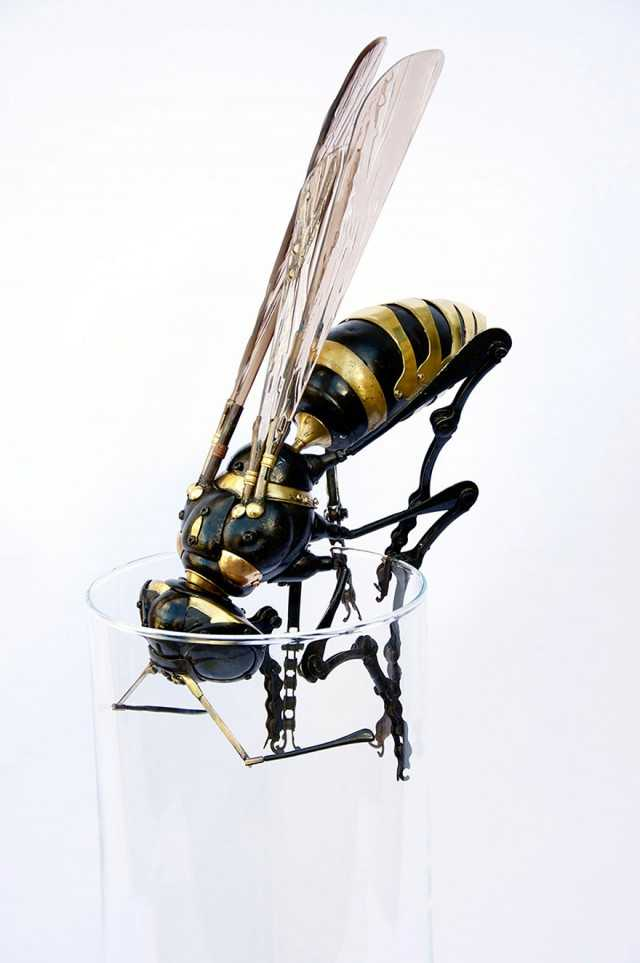 Scrap Metal Transform into Awesome Insects