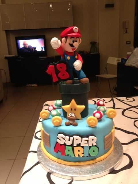 super mario cake 10