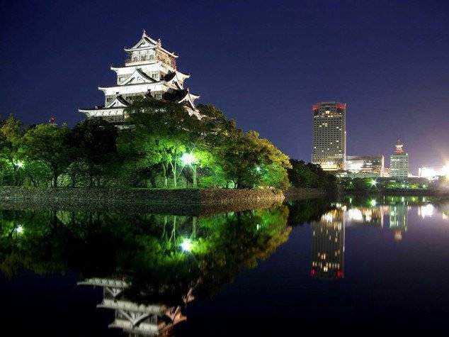 Hiroshima-Castle-Japan-634x475