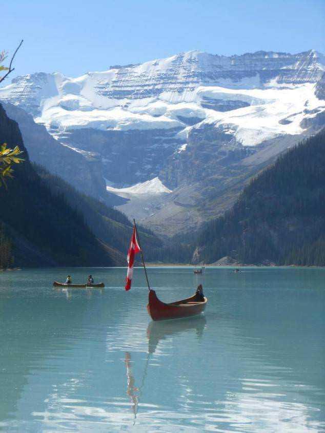 Lake-Louise-Banff-National-Park-Alberta-Canada-By-Stanko-Kolar-634x845