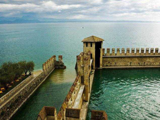 Limone-Sul-Garda-Italy--634x475