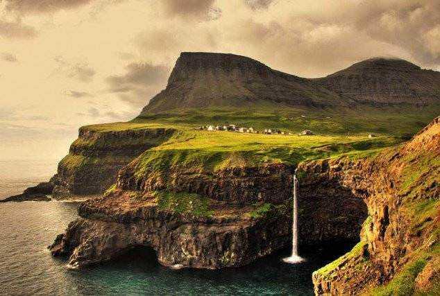 The-Faroe-Islands-in-Northern-Europe.-634x427