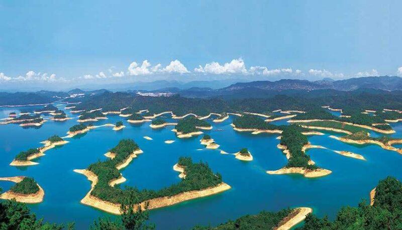 Thousand Islands Lake