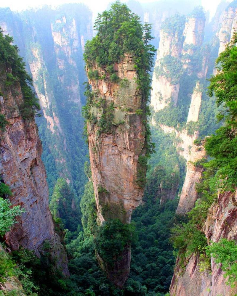Tianzi-Mountains