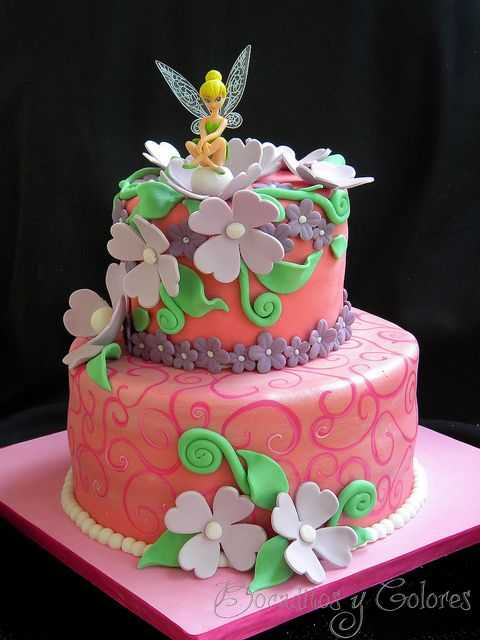 Tinkerbell cake by Bocaditos y Colores